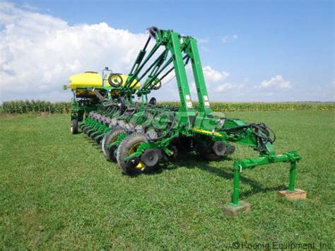 Deere 1770nt Planter by 2010 Deere 1770nt Planter A407042a In Urbana Ohio