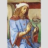 Claudius As Jupiter | 286 x 409 jpeg 55kB