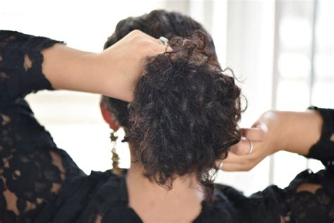 curvature and airforming hairstyles 3 easy holiday hairstyles for curly hair curvy fashion