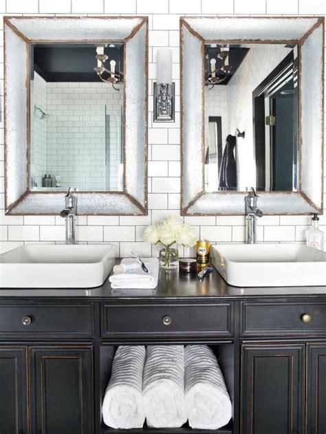 Charmant Salle De Bain Design 2015 #1: miroir-salle-de-bain-meuble-bois-vintage.jpeg