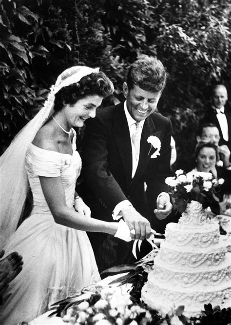 Steal that Style ? Jacqueline Kennedy Wedding Gown   The