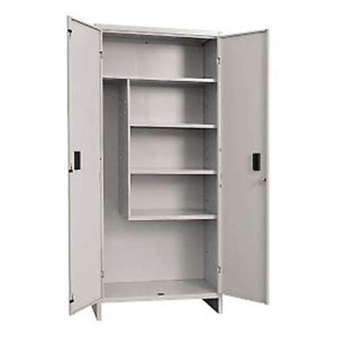 armadio porta scope produzione vendita armadi porta scope e accessori pulizia
