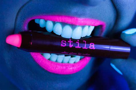 Lipstik Glow kistibelle stila glow in the lipsticks thoughts