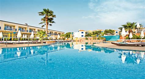 2 bedroom aparthotel majorca 2 bedroom apartments in majorca all inclusive bedroom and bed reviews