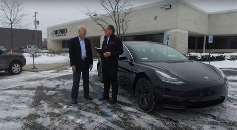 tesla model 3 quality problems tesla model 3 test driven by the who destroyed its build quality autoevolution