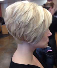 show pictures of a haircut called a stacked bob 25 best ideas about stacked bob haircuts on pinterest