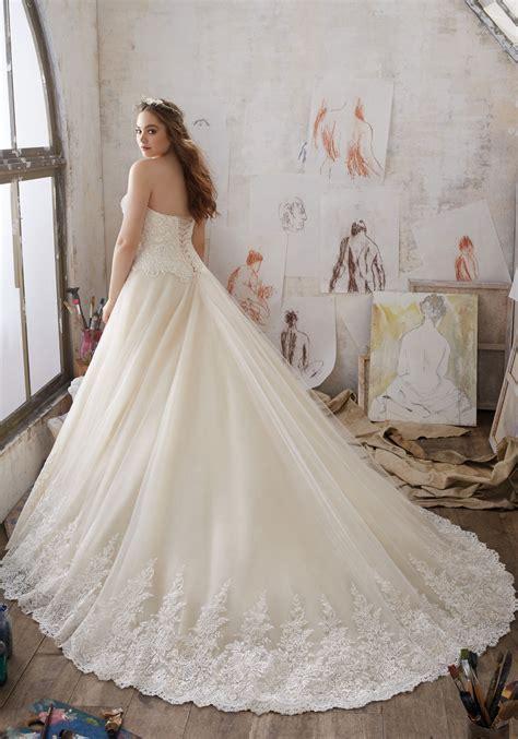 Miranda Wedding Dress   Style 3217   Morilee