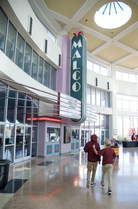 cinema 21 galleria malco movie theater at the wolfchase mall and galleria