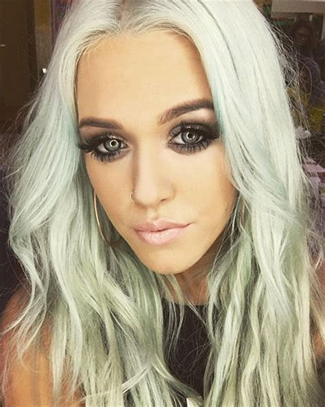 lottie tomlinson hair lottie tomlinson creates second instagram hair frenzy ok