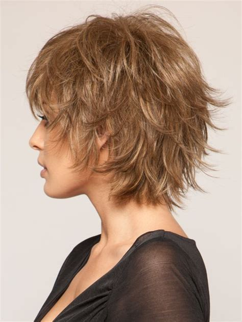 how did the feathered hairstyle come about best 25 feathered bob ideas on pinterest black