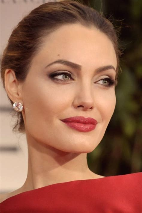 angelina jolie hairstyles 2016 pictures of angelina angelina jolie hairstyles facehairstylist com