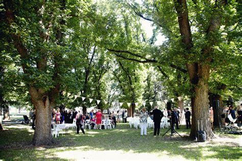 garden wedding melbourne kate and trent s melbourne garden wedding polka dot