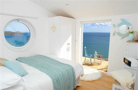 cottage with a view the edge adorable cottage for rent in cornwall uk