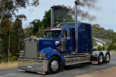 kenworth t900 kenworth t900 castlemaine truck show russell flickr