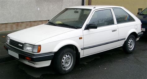 Stop L 323 88 89 Rh the hatchback and the boy 1989 mazda 323 the garage