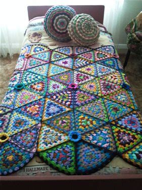 pattern for granny triangle crochet granny triangle afghan interweave