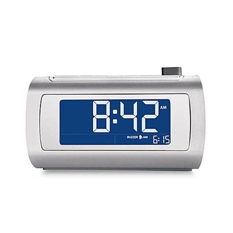 bed bath and beyond clocks buy brookstone 174 timesmart self setting alarm clock from bed bath beyond