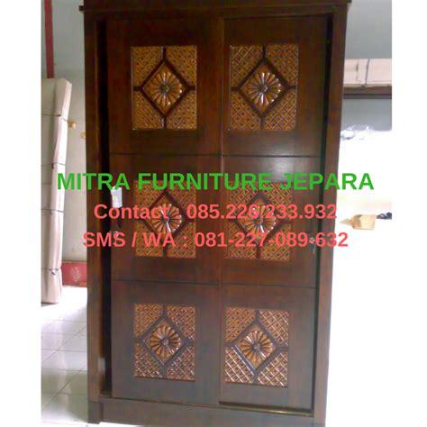 lemari pakaian sliding 2 pintu motif bunga mebel jati