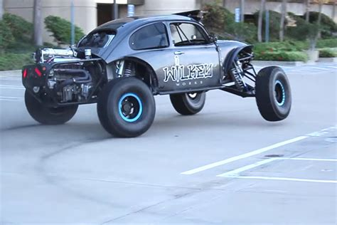 baja bug build dude gets busted for hooning his buggy in the urban