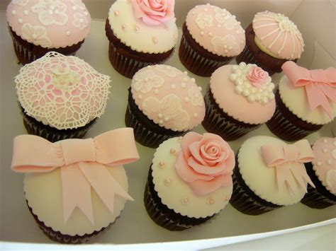 Vintage Style Fondant Cupcake Toppers For An Elegant Baby Cupcake Nursery Decor