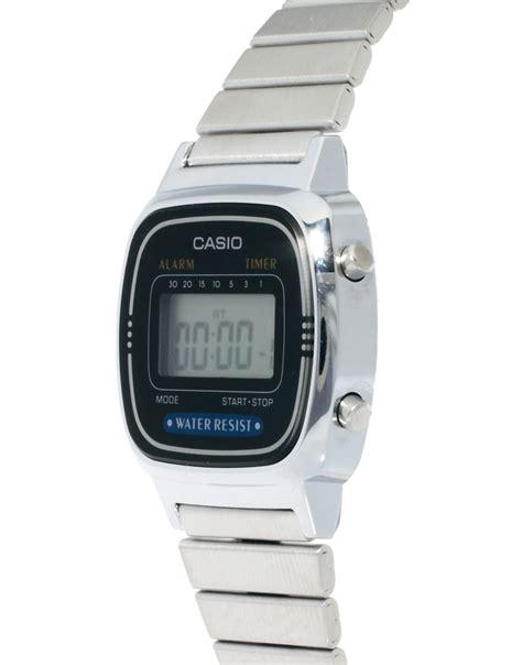 orologio casio argento casio casio orologio digitale mini nero e argento su asos