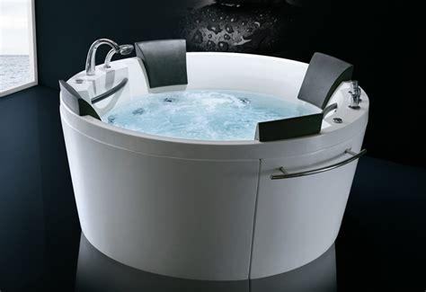 hydromassage baignoire baignoire balneo hammam maison design wiblia