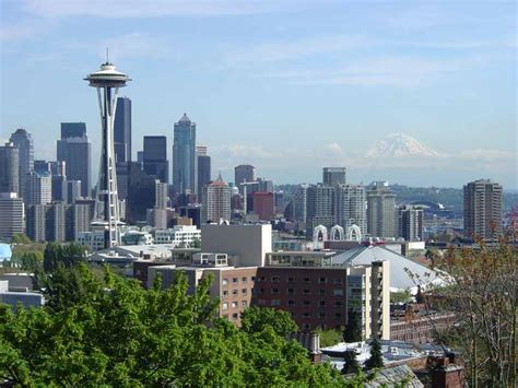 file downtown seattle from kerry park jpg wikimedia commons
