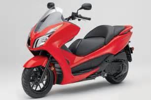Honda Forza Honda Forza 2014 Is A Modren Scooter Bikes Doctor