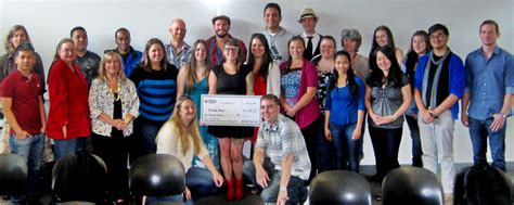 friendly house portland students award 5 000 to non profit news at pcc