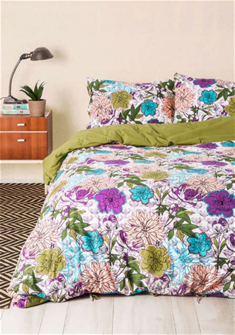 modcloth bedding blooms for your room duvet cover in twin mod retro