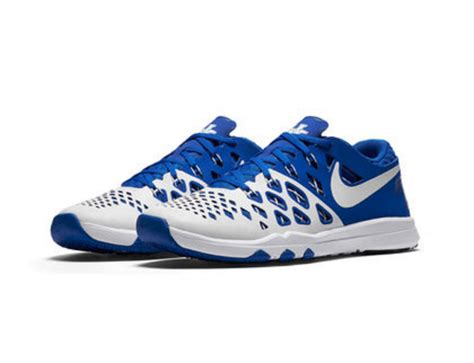 where can i get basketball shoes here s how you can get the new nike quot tip quot kentucky