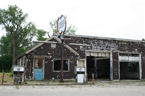 Modern House Front by File Abandoned Gas Station Melvin Illinois Jpg Wikimedia