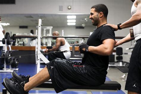 joe rogan bench press drake s workout routine is shit noisey