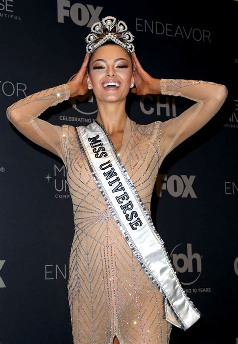 miss universe demi leigh nel peters miss universe 2017 in las vegas