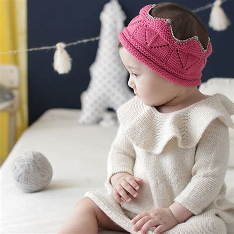 Bantal Peang Baby Hi Crown knitted crown baby hat by hayley co notonthehighstreet