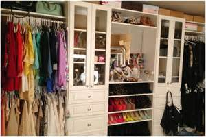 Organizing Walk In Closet - carli bybel closet amp room tour 2013 youtube