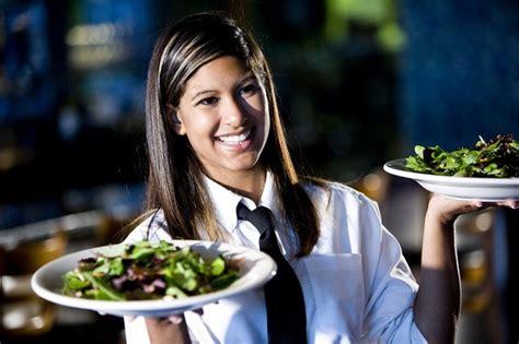 cameriere cercasi cercasi cameriere o cameriera a lugano thegastrojob