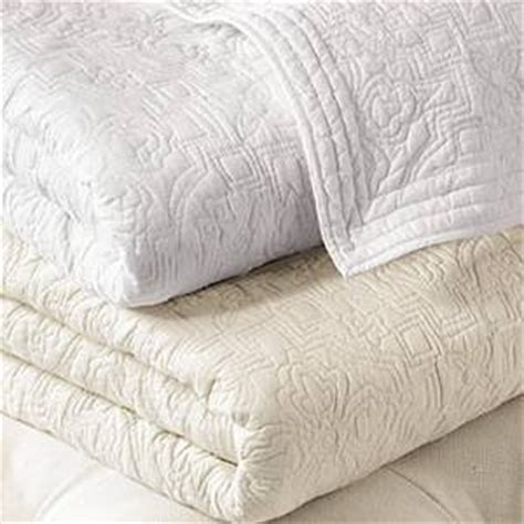 White Quilts by Ralph Garden Gate King Quilt White