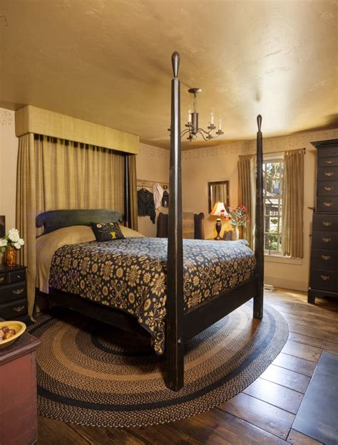 colonial bedrooms 291 best primitive and colonial bedrooms images on
