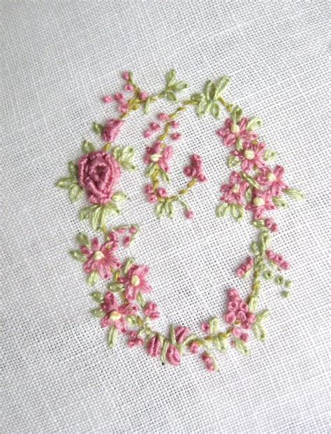 Handmade Embroidery - embroidery monogram letter o quilting and appliqu 233