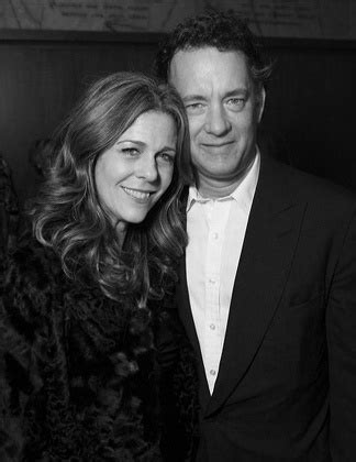 Greatest Storiescouple 1 Tom Hanks And Wilson by 217 Best Tom Hanks Images On Tom Hanks Tom