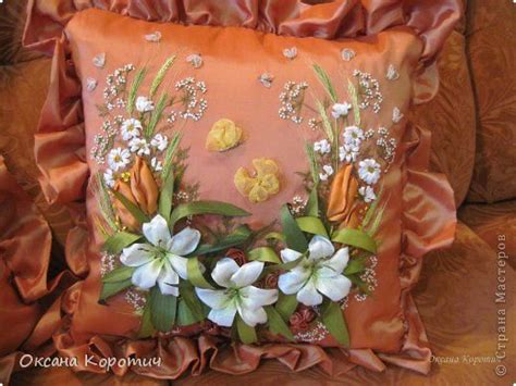 woow almohadas wow the lovely ribbonwork flowers and butterflies really