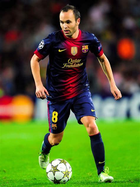 andres iniesta  fc barcelona club captain