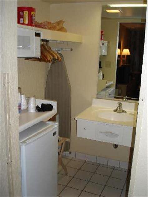Bathtub In Kitchen by Kitchen Bathroom Picture Of Dunes Resort Villas