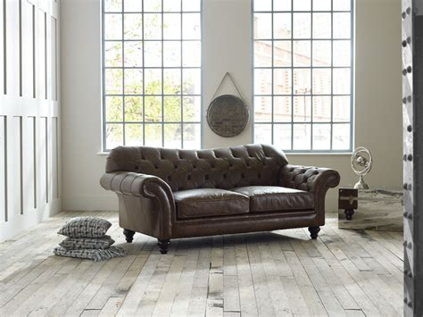 chesterfield sofa brown vintage brown leather sofa arundel chesterfield sofas