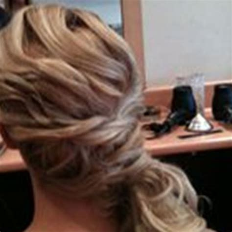 Wedding Hair And Makeup Enfield by La Lulus Hair And Makeup Enfield Easy Weddings