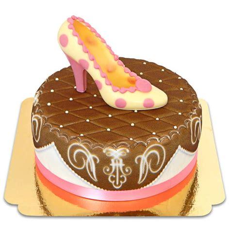 Kinder Schoko Bans By Organicbatam pinker schuh auf brauner deluxe torte mit band deinetorte de