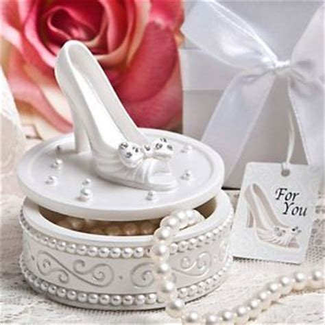 Wedding Jewelry Box Favors by 5 Ways To Thank Your Guests With Princess Favors