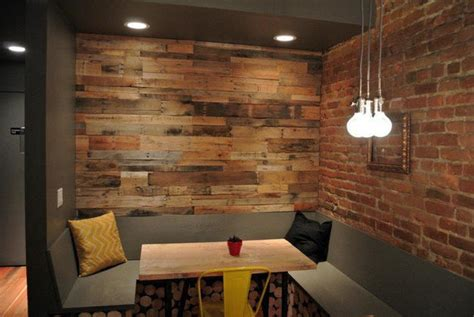 pallet wall decor ideas  warm   atmosphere