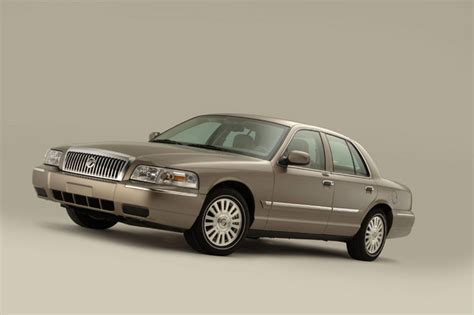 how to learn everything about cars 2011 mercury milan interior lighting 2011 mercury grand marquis overview cargurus